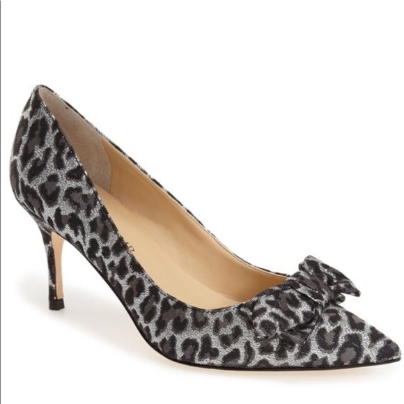 135c59640e Ivanka Trump Benny pointy toe bow pump heels sz 7. Ivanka Trump.  M_5b71a25b153795f1bf841f09. M_5b71a201b6a942295157c764.  M_5b71a2081e2d2dbb49073a1c